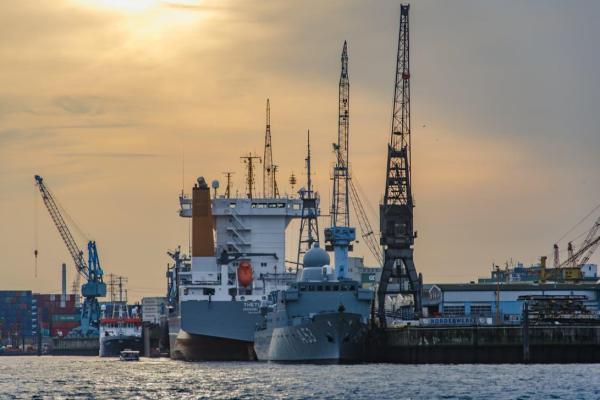 Kas Lietuvoje auga greičiau: eksportas ar importas?