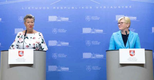 I. Šimonytė susitiko su EK nare ir aptarė kaip gelbėtis nuo nelegalios migracijos