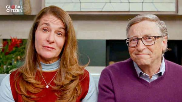 Billas ir Melinda Geitsai po 27 bendro gyvenimo metų paskelbė apie skyrybas