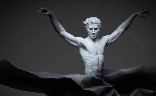 Menininkų duetas parodęs, kad kūryba ne visada vieno asmens pasiekimas, o žmogaus kūnas – meno kūrinys [FOTO]