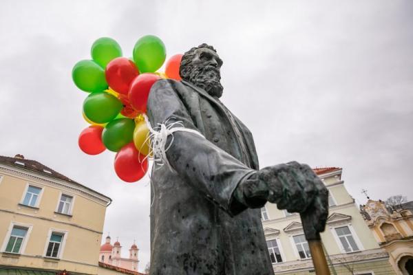 Vilnius švenčia dr. Jono Basanavičiaus gimtadienį