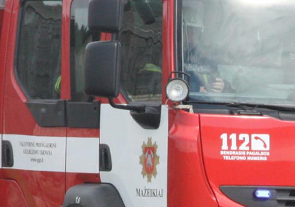 Ugniagesiai gelbėtojai primena: ugnis baudžia skaudžiai