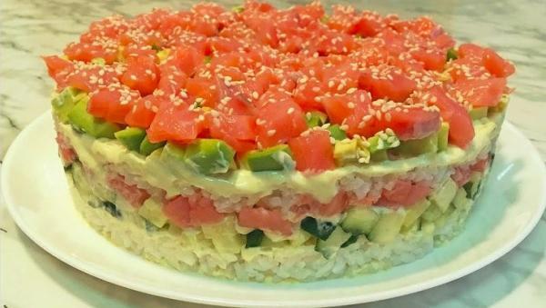 Salotos, užtemdžiusios suši! Didelis ir greitas patiekalas šventiniam stalui